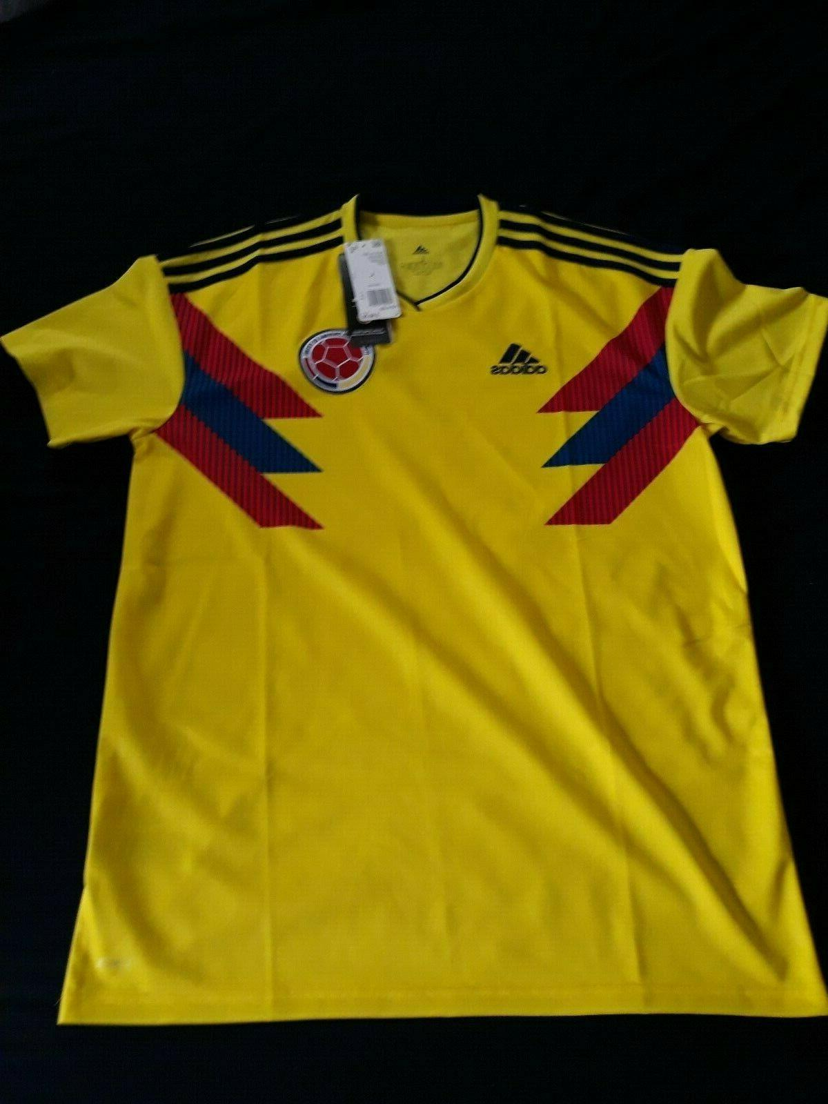 Colombia Men's Adidas Soccer Home Jersey Model Retail $90 Tags