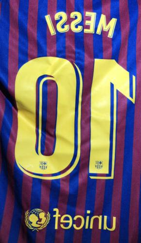 Nike Barcelona Lionel Messi 2018 Jersey Youth MED Authentic