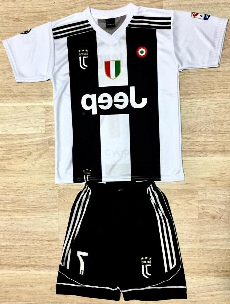nwt ronaldo juventus team jersey and short