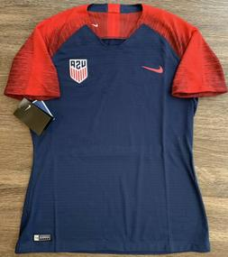 NWT Nike Team USA Womens USWNT Soccer Jersey Blue Red Size M